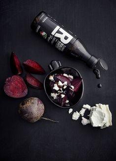 Punajuurta, vuohenjuustoa ja Tummaa balsamikastiketta