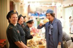 Call the Midwife series three: Chummy (Miranda Hart) eats a giant cake and the nuns have a giggle on set Miranda Hart, British Costume, New Mummy, Call The Midwife, Pride And Prejudice, Period Dramas, Actors & Actresses, Comedy Actors, On Set