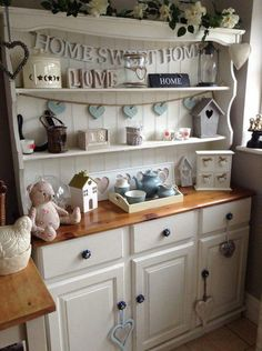Second Hand Household Furniture, Buy and Sell solid pine welsh dresser - 1 Painted Bedroom Furniture, Pine Furniture, Upcycled Furniture, Shabby Chic Furniture, Shabby Chic Decor, Furniture Design, Shabby Chic Kitchen Dresser, Furniture Ideas, Shabby Chic Welsh Dresser