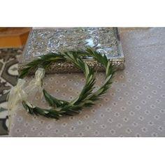 Φρέσκα Στέφανα γάμου από φύλλα ελιάς
