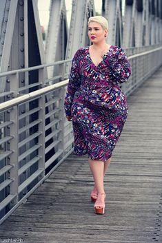 "• Lookbook | Anna Scholz for sheego x Lu zieht an | Retro • Dress: Anna Scholz for sheego Platform Sandals: Jeffrey Campbell ""Foxy"" Earrings: Dior ""Gum Tee Shirt"" Tribal Earrings"