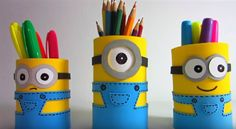 basteln-jungs-schulalter-stiftehalter-minions-moosgummi-wackelaugen If you're a Mafia Battles gamer and you also recognized precisely how important it Crafts For Kids To Make, Gifts For Kids, Kids Crafts, Best Gifts For Doctors, Pen Holder Diy, Minion Craft, Cute Minions, Funny Minion, Diy Notebook