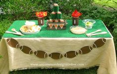 tailgating Ideas Table and Super Bowl party ideas. Football Banquet, Football Tailgate, Football Themes, Football Birthday, Tailgate Food, Tailgating Ideas, Football Season, Football Fever, Football Food