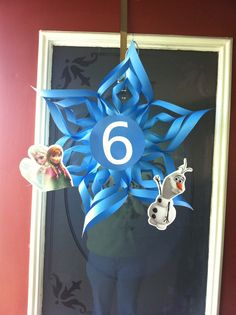 Snowflake for FROZEN party.