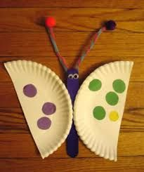 Paper plate butterfly craft that can be used for addition game. Kids can add and subtract using the spots on the wings. (paper crafts for kids butterfly) Kids Learning Activities, Spring Activities, Craft Activities, Preschool Crafts, Therapy Activities, Insect Crafts, Bug Crafts, Crafts To Do, Arts And Crafts