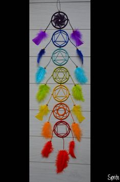 7 chakras n ° 2 - Piper L. 7 Chakras, Diy Arts And Crafts, Diy Craft Projects, Chakra Art, Crochet Decoration, Boho Wedding Decorations, Dream Catcher Boho, Dreamcatchers, Yarn Crafts