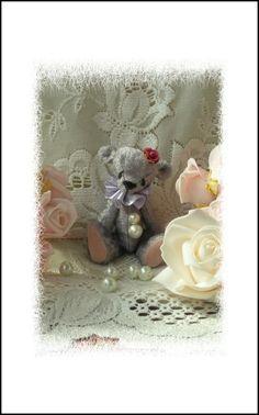 Lila, hand made vintage style art bear