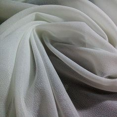 Christmas Special Offer--- White woven interlining at a pretty low price, please contact us if you may need it for apparels. Contact us whenever you may need it.