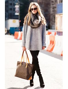 Winter Outfit Ideas Ideas 7 best winter outfit ideas for women getfashionideas Winter Outfit Ideas. Here is Winter Outfit Ideas Ideas for you. Winter Outfit Ideas 37 outfit ideas to wear colorful coats for a bright winter look. Fashion Mode, New York Fashion, Look Fashion, Womens Fashion, Fashion Trends, Fall Fashion, Street Fashion, Fashion Bags, Fashion Outfits
