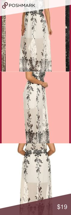 "Plus size black white boho paisley maxi dress 1x Gorgeous black white floral semi sheer dress. Size xl/ 1x Bohemian v neck maxi dress, even more stunning in person. Partial lining.  Approx 54"" long. Trac Dresses Maxi"