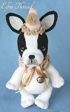 This is a pattern to make a Vintage French Bulldog Clown called Gaspard so adorable that you will want hug him day and night!