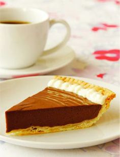 Vegan Chocolate Mocha Pie - my favorite <3 (I make my own vegan pie crust with soy milk, coconut oil (while still firm), a pinch of salt and wholemeal flour)