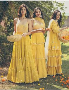Last Minute Holi Outfit Idea For You :- Wanderlust Fashion Three Piece Dresses like these are fun and more in less which is loo. Indian Wedding Wear, Indian Bridal Outfits, Pakistani Bridal Dresses, Indian Designer Outfits, Designer Dresses, Indian Fashion Trends, Fashion Ideas, Sharara Designs, Kurti Designs Party Wear