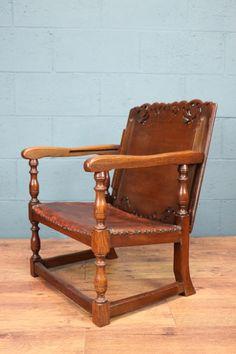 Oak Monks Seat http://www.walcotandco.co.uk/seating/oak-monks-seat