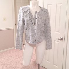 Olivaceous tweed blazer BNWOT Brand new never been worn tweet blazer with zip and snap button closure. Two front zip pockets. Never worn, no tags. White and navy Olivaceous Jackets & Coats