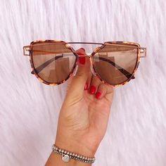 c13d1d2e2d3e9 1433 melhores imagens de Óculos em 2019   Sunglasses, Eye Glasses e ...