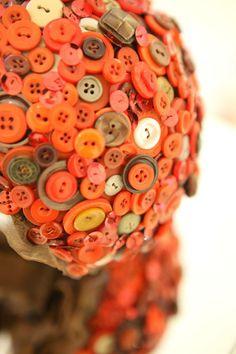 I nostri bouquet realizzati dalle nostre designer con il metodo dell'upcycling. Diamo nuova vita ai bouquet. Acquista il tuo: www.amatelier.com