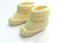 Patuco limón. - No sin mis patucos Baby Knitting, Crochet Baby, Baby Booties, Baby Hats, Slippers, Kids, Clothes, Shoes, Llamas