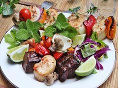Receitas e Sabores do Mundo: Espetadas Mistas de Carne Grelhadas - Mixed Grilled Meats Skewers