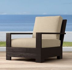 Belvedere Classic Lounge Chair