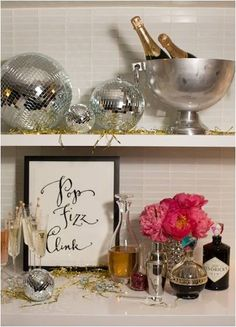 pop, fizz, clink--make the sign to decorate the food/drink table