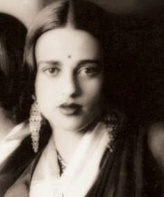 Are you an Amrita Shergil Art Lover? Well Art lover or not you will certainly not like to miss National Gallery of Modern Art's - Collection of Paintings of her. Amrita Shergil - one of the revered names in the world of Art.
