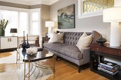 beautiful-white-grey-wood-glass-unique-design-home-decor-interior-art-deco-living-room-grey-sofa-wall-glass-dresser-wood-floor-table-lamp-at-livingroom-as-well-as-home-interiors-decor-and-home-interi.jpg (800×533)