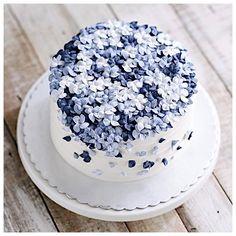 lilac blossom #cake decoration