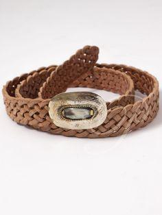 Cinturón Helmi - Cinturón ancho trenzado de cuero. Detalle de chapa central  en dorado con d05e29d0ebd7