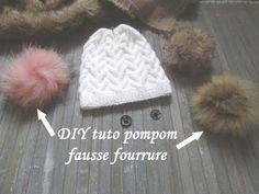 c838813c104 DIY TUTO POMPOM FOURRURE FACILE Easy fur pompom tutorial TUTORIAL DE POMPOM  DE PIEL. Tricot Bonnet ...