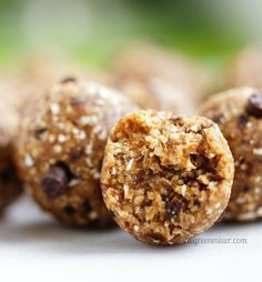Energy Balls-μπάλες/μπουκιές ενέργειας Energy Balls, Clean Eating, Muffin, Cookies, Chocolate, Baking, Breakfast, Desserts, Recipes