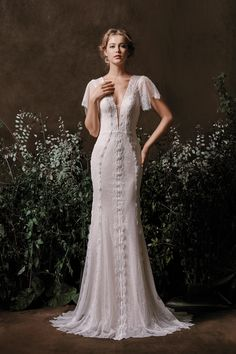 1435face6ff Wedding dress styles that combine classic silhouettes with fresh designs and  fabrics