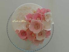 Best Lovely White Flowers Cake. JS yummy. . facebook.com/yummyjs twitter.com/yummyjs Instagram.com/jsyummy2 linkedin.com/in/jsyummy . . #jsyummy #yummy #sweets #puddingcake #cupcakes #heardshafecake #drinks #whiteforestcake #baking #Pink #Rose #Cake #Pinkrosecake #cartoon #cake #vanila #cake #vanilacake #happy #birthday #cake #happybirthdaycake #flowerscake #Flowers #flowers #love #cake #Flowerslovecake #Firni #softcake #whiteflowerscake Pink Rose Cake, Forest Cake, Rose Images, Sweets Cake, Pudding Cake, Happy Birthday Cakes, Love Cake, Cream Cake, Yummy Cakes