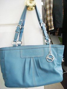 Coach Handbag...love the purse but not the color!,FASHION COACH BAGS UPCOMING!!!,  http://cheapwholesalemichaelkorspurses.webs.com  http://wholesalemichaelkorshandbag.