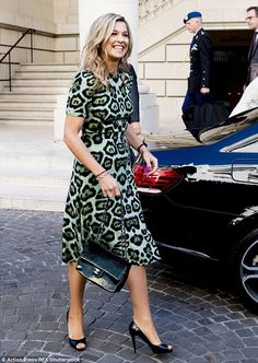 11 October 2016 - Royal visit to Argentina (day Queen Maxima at the UNDP office in Buenos Aires - dress by Givenchy Style Royal, Royal Look, Queen Of Netherlands, Tartan, Dutch Women, Estilo Real, Argentine, Queen Maxima, Leopard Dress