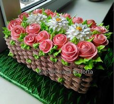 Learn how to create this beautiful spring flower basket cake with cake decorating. cakes may be baked and decorated for almost any social occasion. Cute Cakes, Pretty Cakes, Beautiful Cakes, Amazing Cakes, Cake Decorating Techniques, Cake Decorating Tips, Cookie Decorating, Buttercream Cake Decorating, Cake Icing