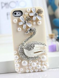 Swan Pattern Protective Case with Pearls For IPhone 4/4S  - VeryShop.com