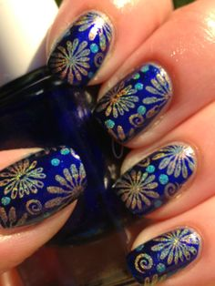 Canadian Nail Fanatic: Digit-al Dozen Does The Terrific Two's; Day 5