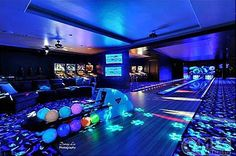 Tuscan Style Mansion in Washington is An Entertainer's Paradise Pinball arcade & bowling alley are just the beginning in this man-cave.Pinball arcade & bowling alley are just the beginning in this man-cave. Home Bowling Alley, Arcade Room, Dream Mansion, Mansion Rooms, At Home Movie Theater, Home Movies, Tuscan Style, Entertainment Room, House Goals
