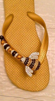 BEE-LIEVE IT! By Flipinista, Your BFF(best flip flop) For info and pricing feel free to call or email mailto:info Flip Flop Sandals, Flip Flops, Flip Flop Craft, I Love Bees, Bee Jewelry, Bee Art, Bee Theme, Save The Bees, Bee Happy