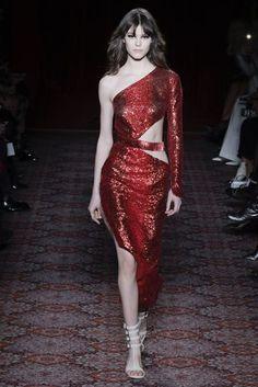 Julien Macdonald Autumn/Winter 2017 Ready-to-wear Collection   British Vogue