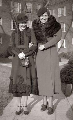 amazing 1930s coats | 30s winter coats with fur trim