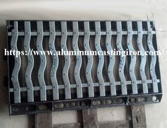 We can supply kinds of ductile iron grating such as basement, building, roads drainage grating, load-bearing great grating and anti-theft grating. If you need, welcome to contact us to know more. Cast Iron, It Cast, Trench Drain, Casting Aluminum, Ductile Iron, Layer Paint, Die Casting, Iron Bench, Wooden Pallets