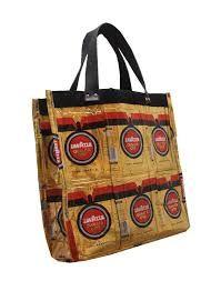 Risultati immagini per borse fatte con sacchetti del caffè