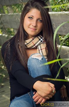 Senior picture pose. (Omg I have the same exact scarf lol)