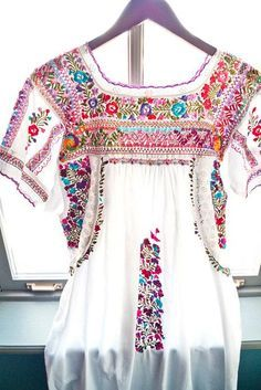 Luxurious embroidery!!