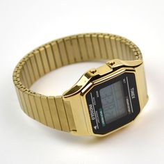 Timex - Digitale - Gold http://neonwatch.tumblr.com/post/101744918811/great-deal-on-the-vaporware-golden-casio-and