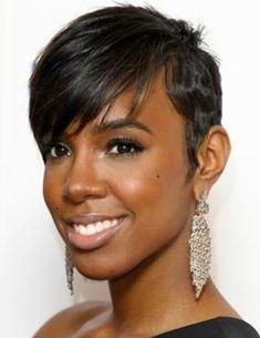 Kelly Rowland Hairstyles: Trendy Pixie Haircut