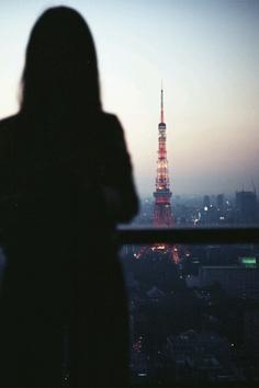 countdown to paris Amazing Photography, Portrait Photography, Abstract Photography, Places To Travel, Places To Go, Paris Black And White, Tokyo Tower, Concrete Jungle, European Travel