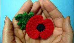 Crochet Puff Flower Traditional crochet poppy flower - memory of First World War 11 november - Crochet Poppy Free Pattern, Crochet Flower Patterns, Crochet Ideas, Crochet Small Flower, Crochet Flowers, Remembrance Flowers, Knitted Poppies, Poppy Craft, Crochet Brooch